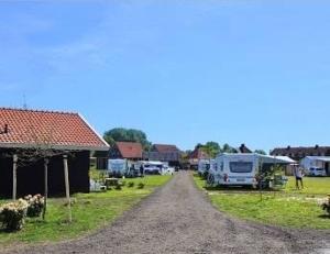 camping-natuurlijk-veenhoop-friesland-bootverhuur-water