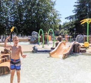 vakantiepark-friesland-roggeberg-waterspeeltuin