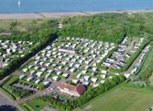 camping-janse-zeeland-strand-duinen