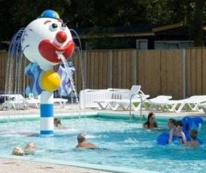grote-camping-zwembad-gelderland-twente