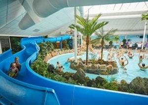 camping-bungalowpark-leistert-limburg-overdekt-zwembad