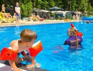 camping-noord-brabant-buiten-zwembad