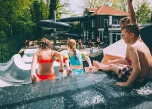 ponderosa-gezinscamping-brabant-zwembad