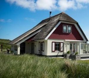 vakantiepark-ameland-bungalow-duinen-zee