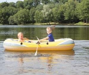 camping-veld-overijssel-kinderen-aan-water