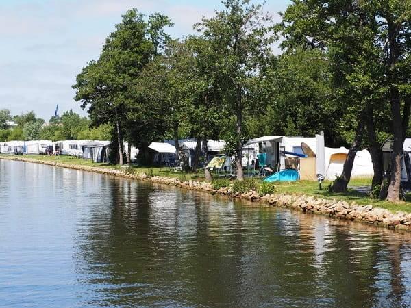 campings-aan-water-friesland-overzicht-waar