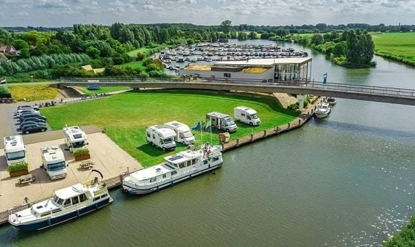 campings-friesland-water-zee-reserveren