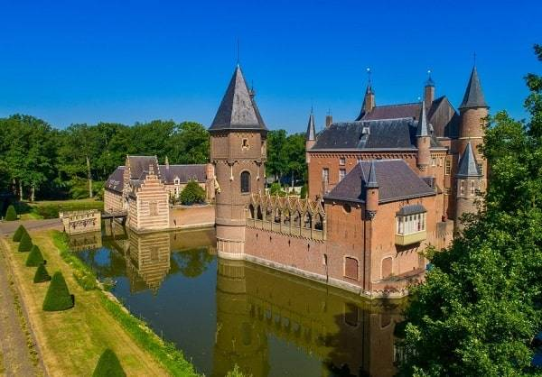 kasteel-heeswijk-bezienswaardigheden-noord-brabant