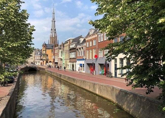 mooie-steden-nederland-leeuwarden-nachtje-weg