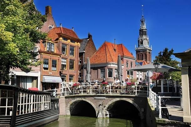 alkmaar-bezienswaardigheden-centrum-hotels-overnachten